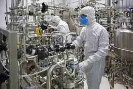 ورود محموله جدید تجهیزات خط تولید واکسن