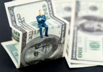 رژیم ارزی بهینه برای اقتصاد ایران چیست؟ / کوبیدن بر طبل خطرناک کاهش تصنعی نرخ ارز
