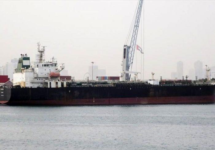 ۱۵میلیارد دلار نفتِ فروشیِ ایران در زمین و دریا
