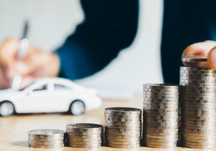 بازار خودرو با وام آرام میشود؟/ نبود نقدینگی خودروسازان، عامل اصلی دلالی خودرو