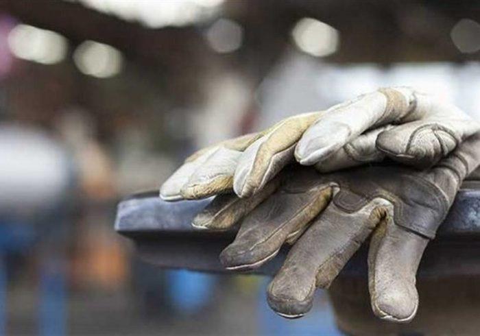 جنجال بر سر اعداد و ارقام/ لزوم توجه به معاش بازنشستگان/ آیا مزد کارگر به ۵ میلیون تومان میرسد؟!
