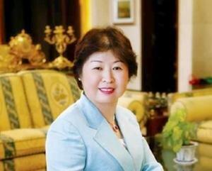 ثروتمندترین زن در قاره آسیا چقدر پول دارد؟