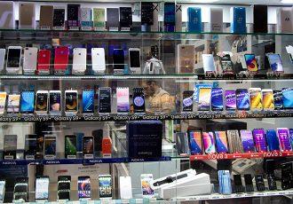 حمایت وزارت ارتباطات از ساخت و تولید تلفن همراه و تبلت ایرانی